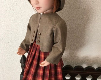 Pleated Skirt with blouse and jacket with Hat