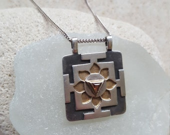 SUPER SALE... Exquisite Cut Out 14k Gold & Sterling Silver 925 Garnet Flower/Sun Pendant Necklace. Israel Jewelry. 14k 925 Necklace