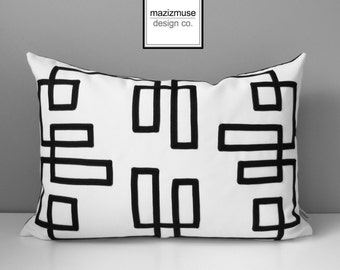 Black White Outdoor Pillow Cover, Decorative Pillow Case, Trellis, Geometric Throw Pillow Cover, Fretwork Sunbrella Cushion Cover, Mazizmuse