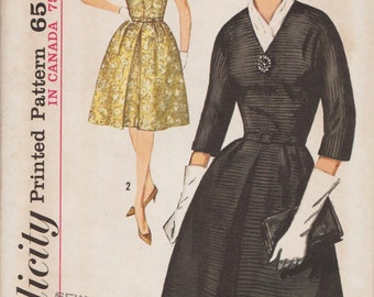 Simplicity 5238 / Vintage 60s Sewing Pattern / Dress / Size 14 Bust 34