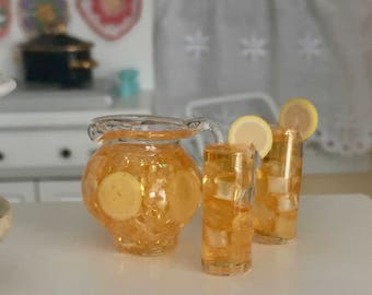 Miniature Ice Tea Set, Filled Pitcher and 2 Glasses with Ice and Lemons, Dollhouse Miniature, Fairy Garden Accessory, Iced Tea
