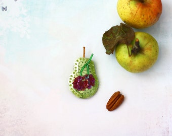Green Pear Brooch, Cherry Berry Brooch, Sequin Fruit Jewelry, Felt Sequins Embroidery, Nature Botanical Jewelry, Kawaii Food, Summer Fruits