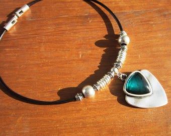 emerald green stone necklace, Bohemian jewelry, boho necklace, stone jewelry, boho jewelry, gypsy necklace, bohemian necklaces