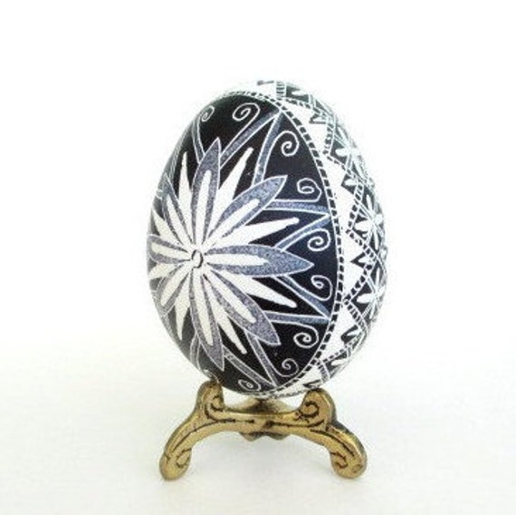 Black and White ornaments for Easter or Christmas black egg pysanky made by hand in Toronto Canada ship gifts to mom friends and family