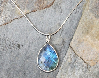 Labradorite Necklace, Blue Necklace, Natural Stone Necklace, Sterling Silver Necklace, Labradorite Jewelry, Gemstone Necklace, For Her