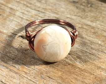 Natural Crazy Agate gemstone, antique copper wire wrapped ring - size 7.25 , 7 1/4 - white red earthy canyon - men women unisex