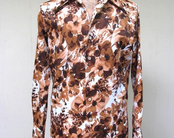 Vintage 1970s Shirt / 70s Mens Brown Floral Disco Shirt / 44 Chest