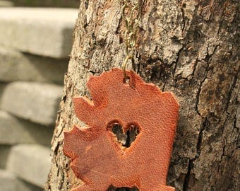 World Travel Leather Pendant Necklace... USA Heart in Alaska