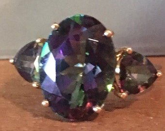 PRETTY 14KT GOLD  Mystic Topaz  14 k kt  Gemstone Purple Green 4.2 grams RING  Large Size 7.5