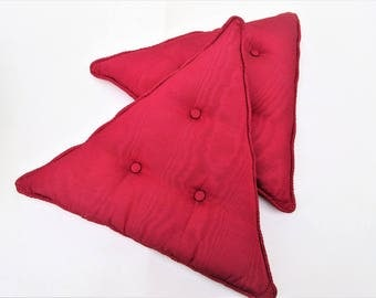 Vintage Accent Pillows | Red Sofa Pillows | Set of 2 Throw Pillows | Triangle Pillows