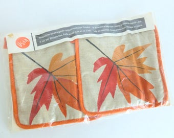 Vera Neumann Potholders Hot Pads Trivets Set Red and Orange Maple Leaves Screenprint on Natural Linen NIP NOS