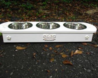 Small to Medium Cat or Dog Elevated Pet Feeder, Dog Bowl Pet Feeding Station, 3 One Pint Bowls, Pure White Lightly Distressed, Made To Order