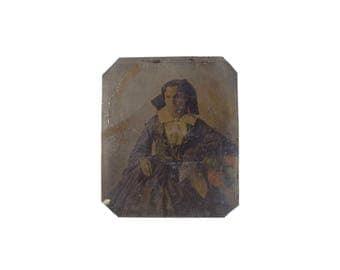 Vintage Tintype of Woman Mourning with Color Detail / Colorized Civil War Era Tintype or Daguerreotype Photograph