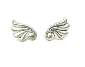 Swirl Earrings. Sterling Silver, Flared Wings. Jewel Art Screw Backs. Vintage 1940s Retro JewelArt Jewelry