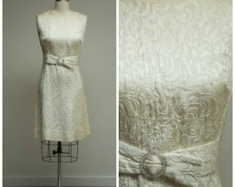Vintage 1960s Dress • Martini Moments • Sleeveless Trapunto Satin 60s Shift Dress Size Small