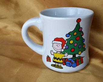 Peanuts Snoopy & Charlie Brown Christmas Holidays Tree Doghouse Coffee Cup Mug *eb