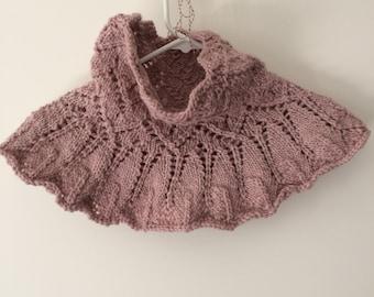 Cozy Lace cowl
