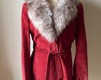 Vintage 1970s Women's Deerskin Trading Post Rust Suede Jacket Fur Collar 6 8