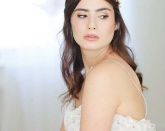 Amber Gold Floral Bridal Halo, Gold Wedding Wreath, Rose Gold Wedding Halo, Copper Wedding Headpiece, Wedding Circlet, Gold Hair Vine