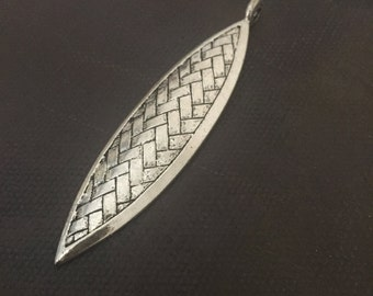 DIY Jewelry - Antique Silver Leaf Pendant - 1 Piece - Destashing - Jewelry Findings and Supplies -  Necklace Components