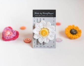 White and Yellow Daisy Crochet Flower Brooch