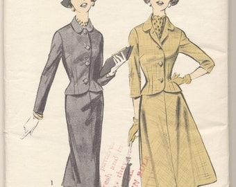 FACTORY FOLDED Vintage Advance Pattern 8443 Ladies Suit Size 14 Bust 34