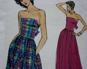 70s Bandeau Dress Pattern / Self Lined Bodice / Tie Back / 70s Dress Pattern / Vogue 8670 /Vintage Sewing Pattern/ 1970s/ Size 6-8-10