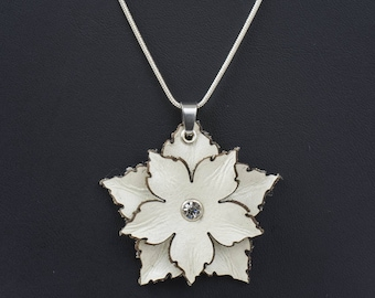 Leather Flower Pendant in White or Black