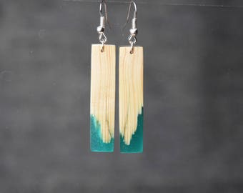fashion wood resin earrings, bridesmaid gift, wood jewelry, girlfriend gift, forest earrings, unique wooden jewelry, nature inspired