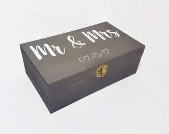 Personalised Mr & Mrs wooden box - Wooden Wedding box - Personalised box - Anniversary box - Keepsake box - Wedding Gift - Grey box