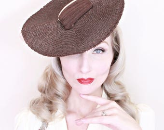 1930s Vintage Hat / Avant Garde / 1930s Tilt Hat / Straw / Platter / Art Deco / High Fashion