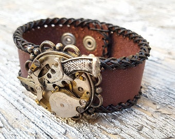Steampunk Dagger Leather Wristband Cuff -Steampunk Bracelet-Steampunk cuff-steampunk Girlfriend Ladies gift