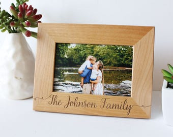 Personalized Picture Frame, Wedding Gift, Engraved Picture Frame, Custom Wood Frame, Anniversary Gift, Gift for Her, Engagment Gift, Husband