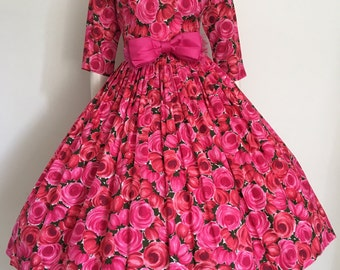 Romantic 50s Pink and Green Floral Party Dress / Full Skirt / Medium / Garden Party