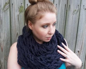 Chunky Infinity Scarf - Chunky Gray Scarf - Grey Arm Knit Scarf - Chunky Cowl Scarf - Arm Knitted Big Scarf - Giant Knit Scarf