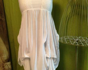White dress T 38 to 42 - lace up bustier with wide straps
