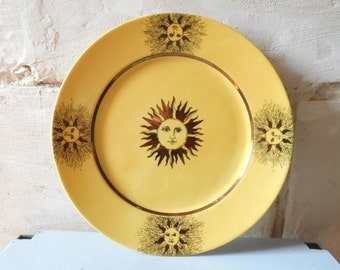 Sun face plate by Geneviève Lethu, sun face in Fornasetti style. Galiléo pattern plate, French decorative plate. Yellow and gold sun plate.
