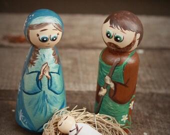 Mary, Joseph and Baby Jesus Peg Doll Nativity Set - Wooden Peg Nativity Set Holy Family Peg Doll Set Creche Mary Joseph Baby Jesus in Manger