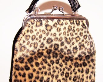 Vintage Leopard Print Black Purse