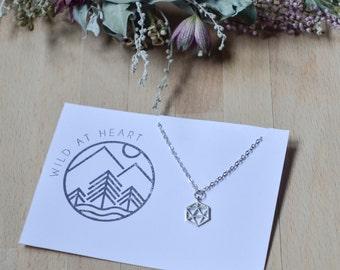 Hexagone geometric minimalist necklace