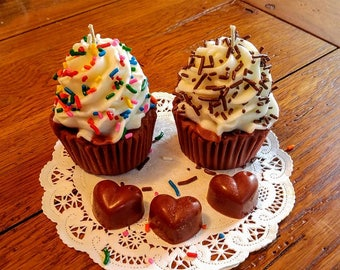 Very Cute Cupcake Candles that look good enough to eat!