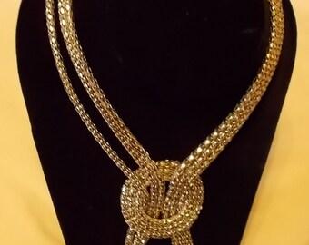 Silvertone Sixteen Inch Ropelike Necklace. (515)
