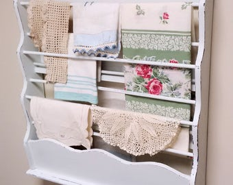 Vintage Wooden Very Pale Mint Green Linen Plate Rack Display, svfteam