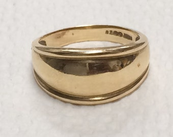 VINTAGE 14K Yellow Gold Wide Dome Band Ring Size 8