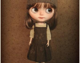 Blythe clothes | L'Artisane Dress Set | Chocolate & Wheat | Blythe outfit | custom | peasant blouse | pinafore dress | Little Bohemians