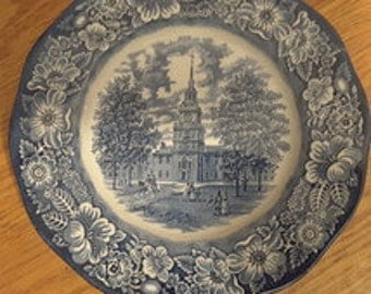 Plate/Display: Liberty Blue Independence Hall by Staffordshire, England