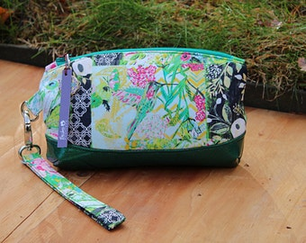 SALE Clematis Wristlet, cell phone clutch, wristlet wallet,  evening purse, small clutch, zippered pouch, zippered clutch, removable strap