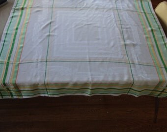 Vintage Springtime Yellow and Green Grid Tablecloth with Matching Napkins