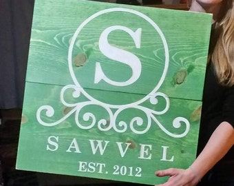 CIRCLE INITIAL SCROLL customized wood sign.