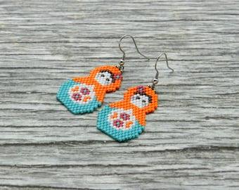Matryoshka Doll Earrings, Seed bead earrings, Russian Doll Earrings, russian nesting doll earrings, babushka earrings, matryoshka jewelry